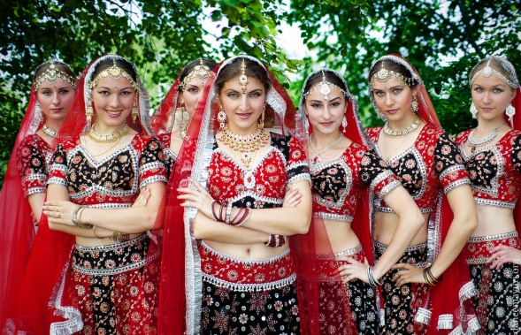 Indian dance group MAYURI
