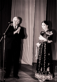 "Head of Karelia Viktor Stepanov awards Vera Evgrafova the title of ""Honored Worker of Culture of Karelia"", 1998"